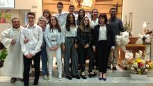 Foto del grup amb les/els seus catequistes